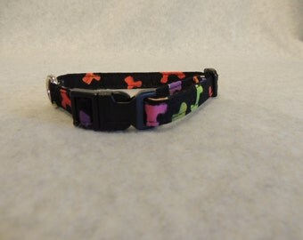 "X Small or Small Dog Collar 1/2"" Wide  Bones or 4 Foot Leash"