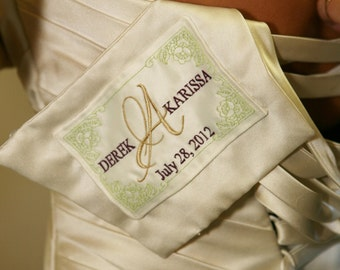 RUSH EXPRESS A Little Something Extra Wedding Dress Label With Decorative Border