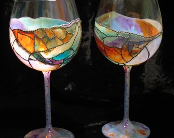 """CUSTOM Hand Painted """"Stained Glass"""" Balloon Wine Glasses - Set of 2 - Dishwasher Safe! Lead Free Materials"""