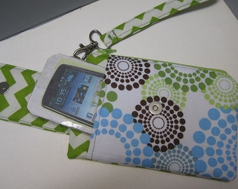 Womens Small Wristlet Wallet or Bag with Smart Phone Pocket Roundabout Fabric