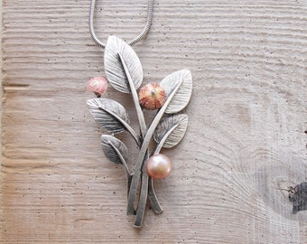Sea Urchin Necklace Pink Leaves Necklace with Pearl and Shell