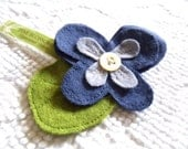 pretty periwinkle PANSY upcycled wool pin