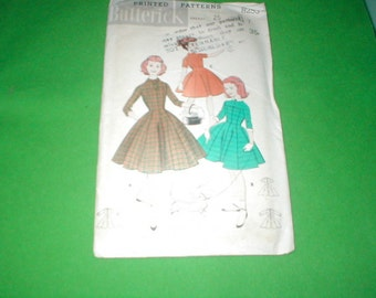 Vintage Sewing Pattern Butterick 8253 Girls Empire Dress