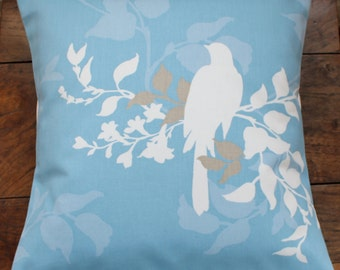 """16"""" x 16"""" cushion cover - bird on blue"""
