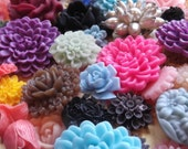 Wholesale lot of resin flowers, flower cabachons