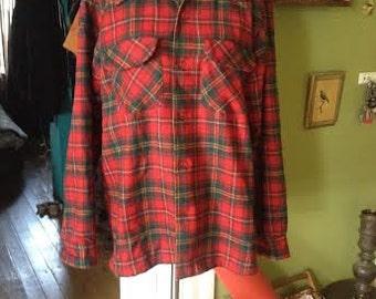 Vintage 1980's lumberjack style wool plaid Pendleton  size M