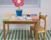 "Splat Mat/Tablecloth ""Kelly Green"" - Laminated Cotton BPA  & PVC Free - Choose Your Size below!"