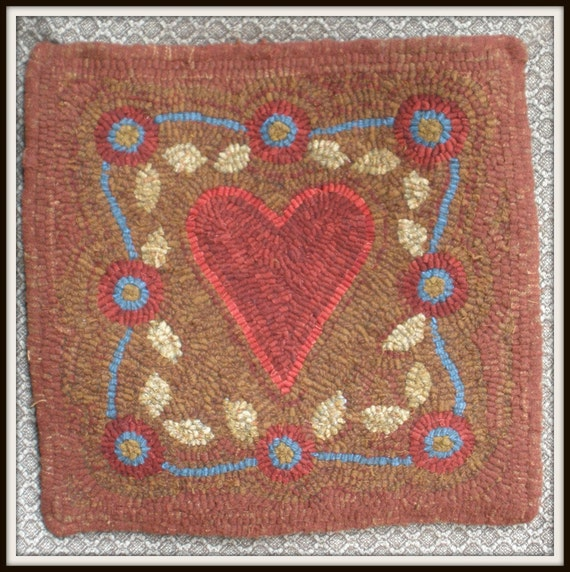Washable Primitive Rugs: Items Similar To Primitive Hooked Rug Heart Flower Border