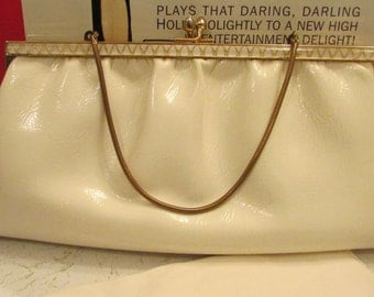 Ande Purse Small Cream Purse Clutch with Chain Handle True Vintage
