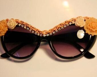 Peachy Pie Cat Eye Sunglasses Accessory by Cutie Dynamite Sunnies Cute Kawaii Lolita Retro Pinup