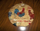 Roosters and Chickens Round Quilted Hot Pad or Pot Holder Cotton Fabric Double Insulated Trivet 9 Inches