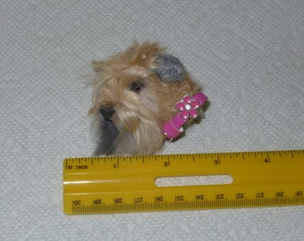 Pet Lover Gift / Custom Dog Pin / Needle Felted Portrait of Your Pet / example Wheaten Terrier