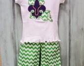 Mardi Gras Green Chevron Ruffle Pant and appliqued tee shirt with Louisiana and fleur de lis