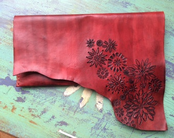 Red and Black Leather tooled Flower Bag Clutch Purse with Vintage Daisy Fabric