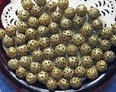 Filigree Bead Ball Lot Antique Brass Beads Jewelry Finding Art Deco Beading Supplies 40 Pieces 10mm