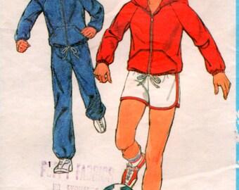 Boys size 12 Vintage 1978 Sports Wear Hoodie Sewing Pattern simplicity 8449