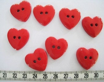 25 pcs of Red Heart Buttons 22mm
