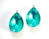 Vintage Faceted Aqua Acrylic Teardrop Stone 1 Loop Silver Setting 25x18mm par017D