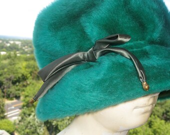 Vintage Kelly Green Hand Made Hat - Plush Faux Fur With Pine Green Satin Bow - Accented with Gold Metal Beads