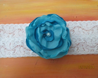 """Wedding Garter  2"""" Stretch lace with handmade flower  Bridal Garter Pearl Center Turquoise"""