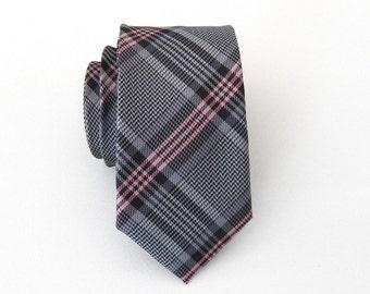 Skinny Tie. Mens Ties. Gray and Pink Plaid Skinny Necktie