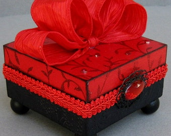 Sultry Red and Black Trinket Keepsake Decorative Jewelry Box