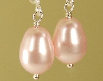 Pink Pearl Clip On Earrings, Pink Clipon Earrings, Bridesmaid Earrings, Swarovski Pearl Earrings, Pink Wedding Earrings, Pear Pearl Earring