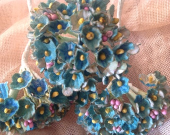 1 BOUQUET ANTIQUED   Robins Egg Blue Millinery Flowers Forget Me Nots  - Antiqued - Aged to Perfection
