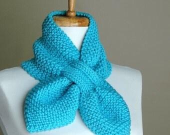 Blue Knit Scarf, Keyhole Scarf, Women's Scarf, Winter Scarf, Vegan Scarf, Knitted Scarf, The Original Stay Put Scarf, Retro Scarf,