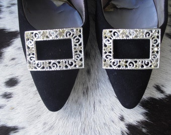 REDUCED RARE Increadible  50's Stilettosc Black Suede Leather High Heel Shoes with a Square  Filigree Shoe clip