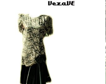 Sale 20% off Glamour vintage 80s , flapper style black  dress with lace metallic top . Made by Barbara Chodos for Michael Marcella.Size 8.