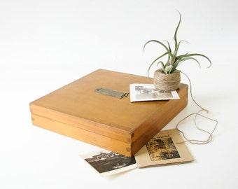 Wood Box, Lidded Vintage Box,  Jewelry Keepsake, Pale Wood