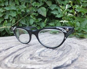 Vintage 1950s/1960s Black Cat Eye Horn Rimmed Eyeglasses/Frames SWAN USA 5 and One Quarter