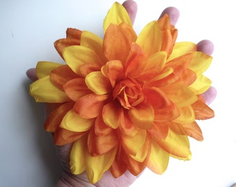 CHRYSANTHEMUM , Silk Flower, Fall Yellow   /  CH - 01