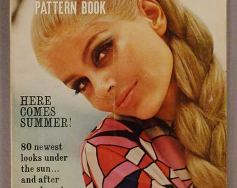 Vintage VOGUE Pattern Book Fashion APRIL MAY 1966  Rare great Condition Summer