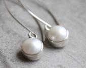 Pearl earrings - dangler earrings - Pearl Bridal jewelry - Gift for her - wedding - bridal