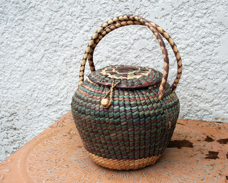 Wicker Baskets With Handles And Lid : Vintage woven wicker basket with lid and handles by mysticlily