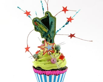 "Sci Fi Retro Robot Inspired with Space Bride Fake Cupcake"" Fab Gift Idea Fake Cupcake Limited Edition"