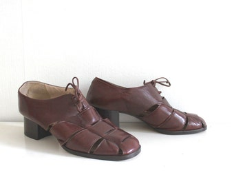 vintage cut out oxford 8.5W