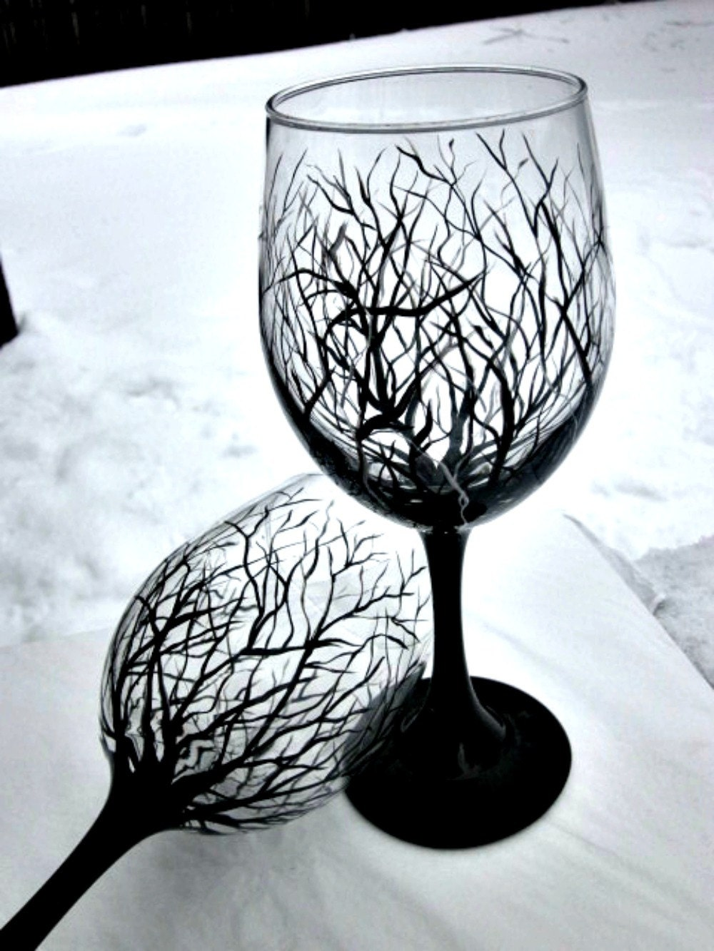 Wine glasses hand painted wine glass trees pair of wine for Hand painted wine glasses