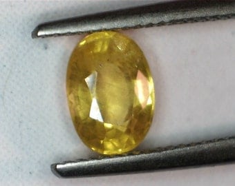Natural Yellow Sapphire 1 Carat Oval Loose stone Not Heat Treated