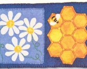 Daisy - Rug Coffee, Tea or Bee? Mug Series