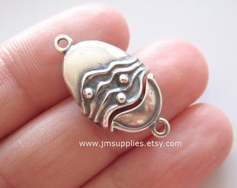 Clasp, JBB Findings, Hook and Eye, Antiqued Silver 19x14mm Single Sided Oval with Line and Dot Design.