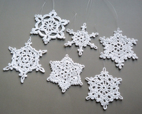 6 crochet christmas decorations large snowflake assortment for Big snowflakes decorations