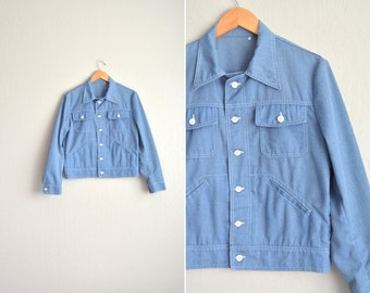 SALE / vintage men's '70s light blue CHAMBRAY lightweight JACKET. size s m.