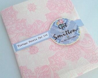 Pale Pink Retro Floral English Vintage Fabric Fat Quarter
