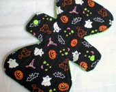 "Happy Halloween  - 9.5"" inch - 2L - Reusable Cloth Pad"