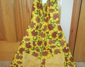 Classic Spring Time  Reversible Apron With Sunflower and Bumble Bee Pockets On One Side And Beautiful Flowers And lace On Other Side