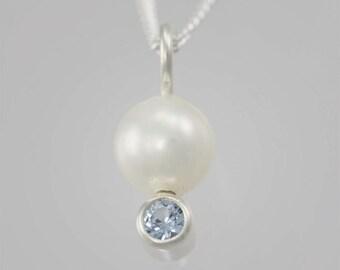 Pearl Drop Neck w-Stone (Aquamarine)