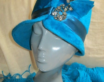 Vintage plush wool fur blend turquoise tall cloche hat, rich turquoise fur hat with ornate jewel detail, by Musketeer made in Austria